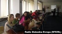 Oбукa за вработување на млади луѓе во Куманово.