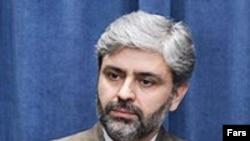 آقای حسینی می گوید در صورت درخواست عراق، جمهوری اسلامی ایران حاضر تا با آمریکا مذاکره کند.