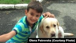 Данило, син Олени Петровської