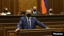 Armenia -- Prosecutor-General Artur Davtian urges lawmakers to allow the arrest and prosecution of opposition leader Gagik Tsarukian, Yerevan, June 16, 2020.