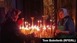 Ukrajinke u Katedrali Sv. Mihaila na Uskrs, 20. april 2014.
