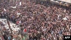 Antivladine demonstracije u Homsu tokom posjete predstavnika Arapske lige