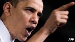 Барак Обама так до конца и не убедил американцев в необходимости обязательной медстраховки