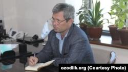 Хоразмлик журналист Давлат Назар. Сурат журналистнинг Facebook саҳифасидан олинди.