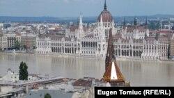 Budapesta politică la un pas de a intra la apă...