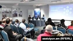 Քննարկում «Թրանսփարենսի Ինթերնեշնլ» հակակոռուպցիոն կենտրոնում, Երևան, 18 փետրվարի, 2020թ.