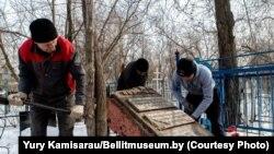 Эксгумацыя парэшткаў Зьмітрака Бядулі ў Казахстане