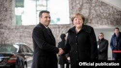 Премиерот Зоран Заев и германската канцеларка Ангела Меркел.