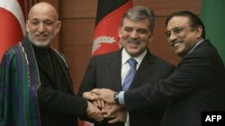 Turkey's Abdullah Gul (center) has hosted talks with his Pakistani and Afghan counterparts, Asif Ali Zardari (right) and Hamid Karzai, a number of times.
