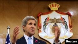 Держсекретар США Джон Керрі в столиці Йорданії Аммані, 17 липня 2013 року
