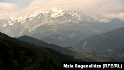 The tragedy occurred in Georgia's mountainous Tetnuldi resort. (file photo)