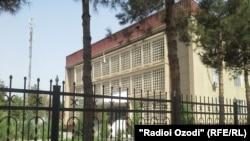 Здание суда Хатлонской области Таджикистана.
