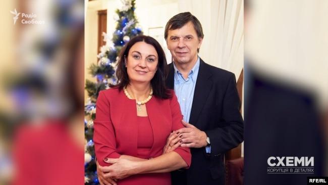 Галина Терещук – відома львівська журналістка, співпрацює з Радіо Свобода вже майже 20 років, а її чоловік – теж журналіст, працює у виданні «Сила Ньюз»