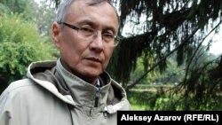 Бұрыңғы дипломатиялық қызметкер Қазбек Бейсебаев.