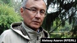 Саясаттанушы, бұрынғы дипломат Қазбек Бейсебаев.