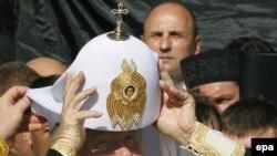 Русия патриархы Кирилл Русьны чукындыру көнен Украинада билгели