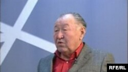 Казат Акматовдун «Архат» романы 2009-жылдын 24-февраль күнү Токтогул атындагы мамлекеттик сыйлыкка арзыган.