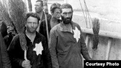 Romania - Holocaust, evrei marcați cu Steaua lui David