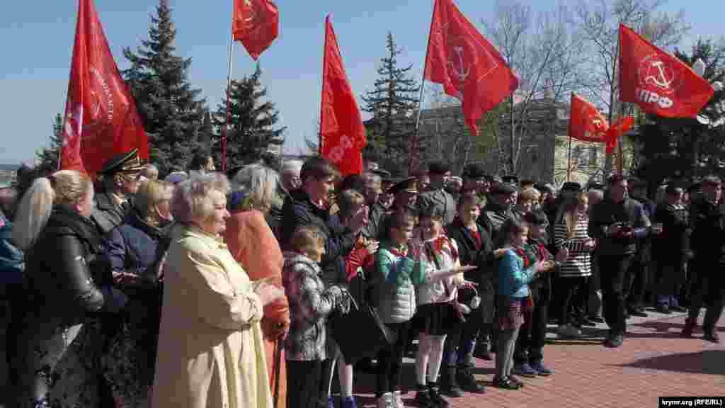 В честь дня рождения Владимира Ленина севастопольские коммунисты провели митинг, 22 апреля 2017 года