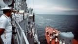Вавгусте 1989 года два американских военных корабля – ракетныйфрегат USS Kauffman (FFG-59)и ракетныйкрейсер Aegis USS Thomas S. Gates (CG-51) – впервые посетили украинский порт – базу Краснознаменного Черноморского флота СССР в Севастополе