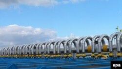 Словакияның Украинамен шекарасына жақын орналасқан Вельке Капушаны қаласындағы газ тарату станциясы.