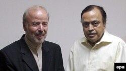 به رغم مذاکرات طولانی ایران، هند و پاکستان برای احداث خط لوله موسوم به صلح، دهلی نو با نحوه محاسبه قیمت گاز مخالفت کرده و از پروژه کنار کشیده است.