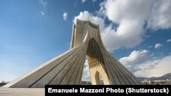 Вароты Ірану— вежа Азадзі. Фота ©Shutterstock / Emanuele Mazzoni Photo