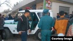 В августе этого года милиция пришла с рейдом на рынок в Ташкенте, задержав бородатых мужчин.