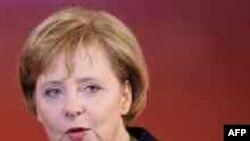 Ангела Меркель между желанием помочь ООН и общественным мнением в Германии