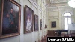 Выставка крымских картин