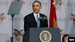 Президент США Барак Обама на випускній церемонії у Військовій академії США у Вест-Пойнті, 28 травня 2014 року