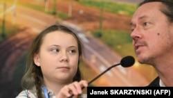 Militanta Greta Thunberg în vîrstă de 15 ani în 2018