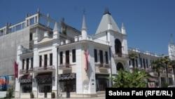 Abhazia, Georgia 2016: Clădire în centrul orașului, Suhumi