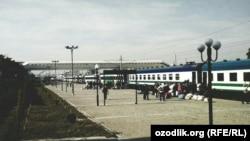Андижон вокзали (иллюстратив сурат).