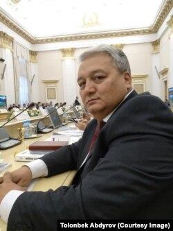 Толонбек Абдыров.