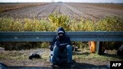 Migrant na graničnom prelazu Šid - Batrovci, ilustrativna fotografija