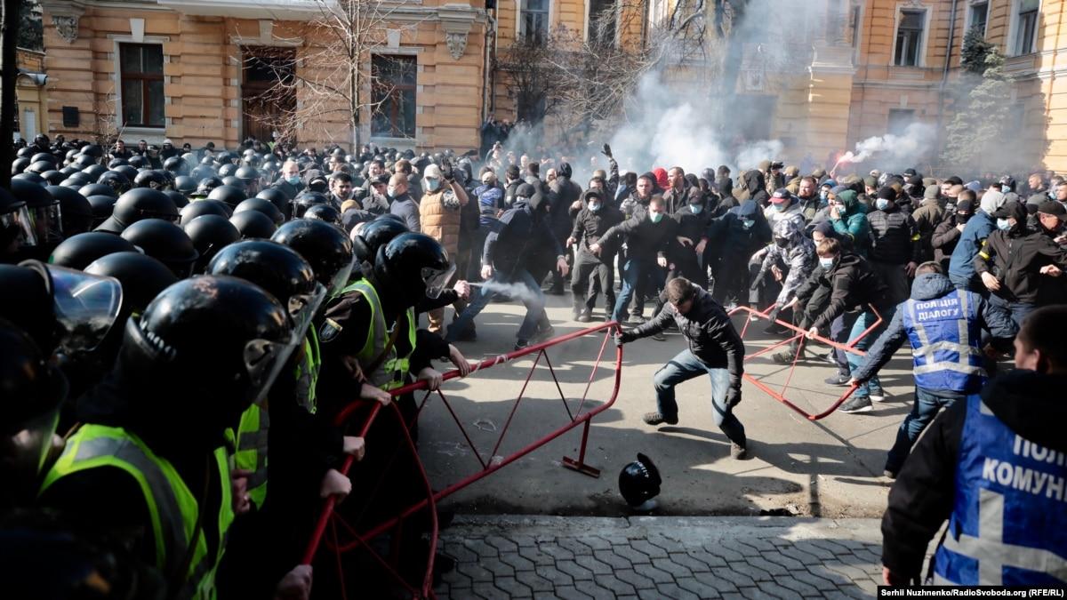 Виновных в уличном насилии в Киеве и Черкассах привлекут к ответственности – МВД