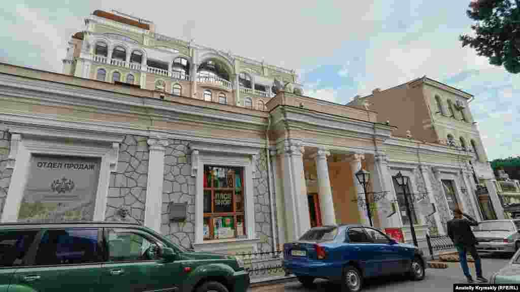 Дом на улице Екатерининская, в котором проживал известный армянский композитор и дирижер Александр Спендиаров