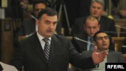 Srđan Milić, lider opozicione Socijalističke narodne partije, Fotografije uz tekst: Savo Prelević