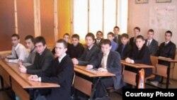 7-нче татар-төрек мәктәбе укучылары