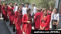 Türkmen talyplary