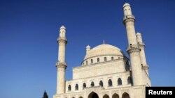 مسجدی در آذربایجان