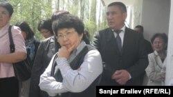 Роза Отунбаева Ош облусуна жасаган иш сапары учурунда. 2013-жыл.
