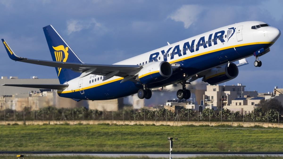 Отменены маршруты и дороже билеты. Что будет с авиакомпаниями после карантина?