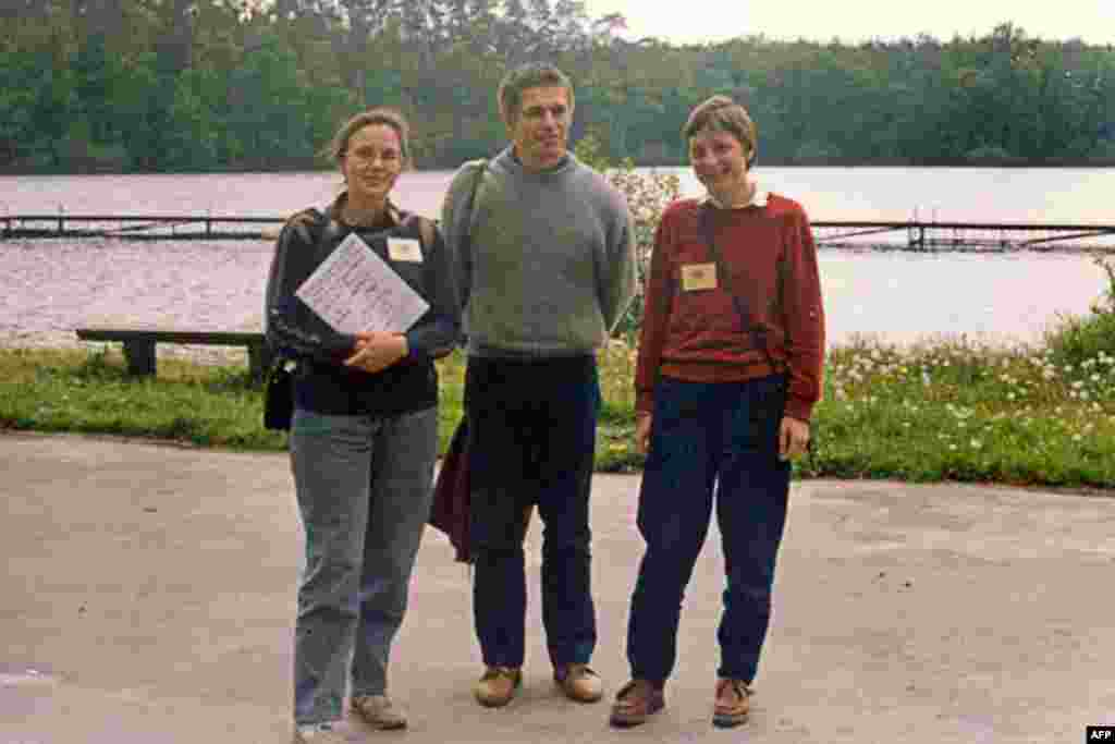 Angela Merkel (right) with her husband Joachim Sauer and friend Malgorzata Jeziorska at a summer school in Bachotek, Poland, in 1989.