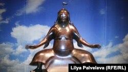 Самый известный в мире кочевник – Чингисхан. Бронзовая скульптура Даши Намдакова
