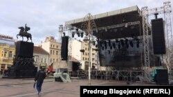 Niš, bina u pripremi za doček Pravoslavne nove godine