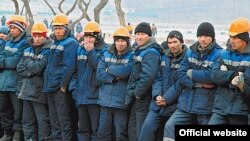 Russia - Uzbek labour migrants working in Vladivostok