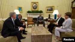 لقاء اوباما مع قادة الكونغرس بشأن العراق
