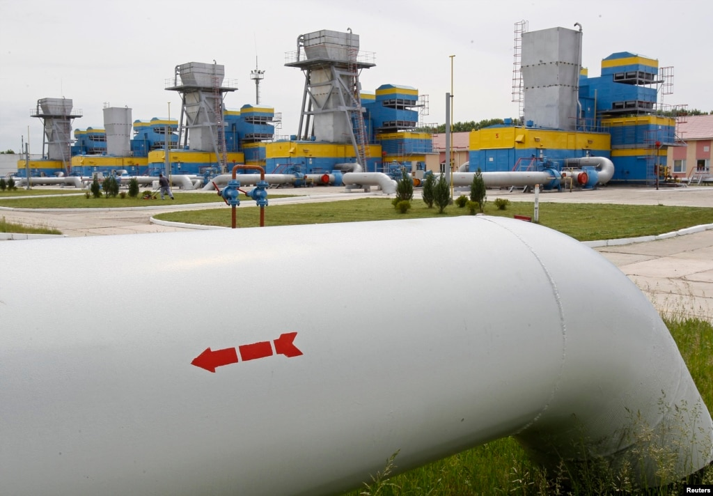 Russia Severs Gas Supply to Ukraine
